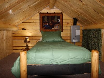 Bed in Eagle's Nest Cabin